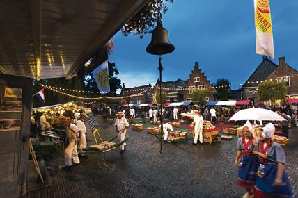Duurzame verlichting avondkaasmarkt Edam